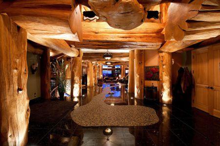 interior-photo-log-home